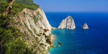 Griechenland stellt mit über 3000 Inseln 80 Prozent aller Inseln im Mittelmeer.