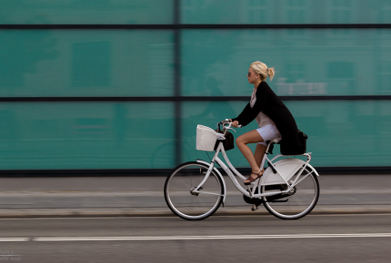 New cities should have major walking and cycling routes