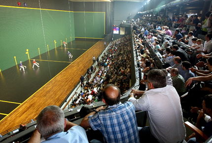 The Galarreta Fronton is the best spot to watch Basque pelota