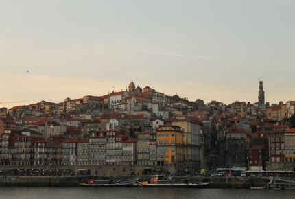 Tumble down Porto at dusk