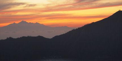 A beautiful sunrise rewards pre-dawn trekkers in Bali