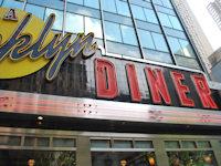 New York Diner 200