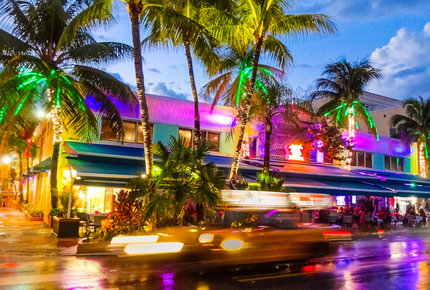Miami's iconic Ocean Drive