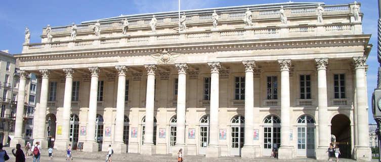 Theatre Square, Bordeaux caption