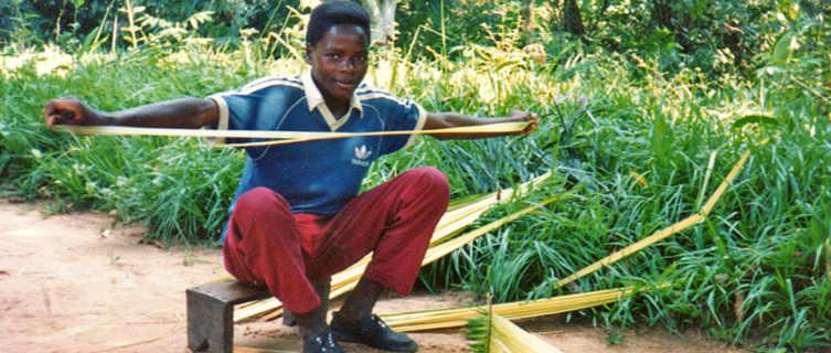 Making raffia rope in Congo