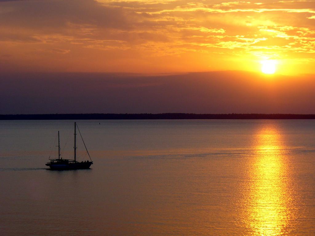 Darwin at sunset, Northern Territory