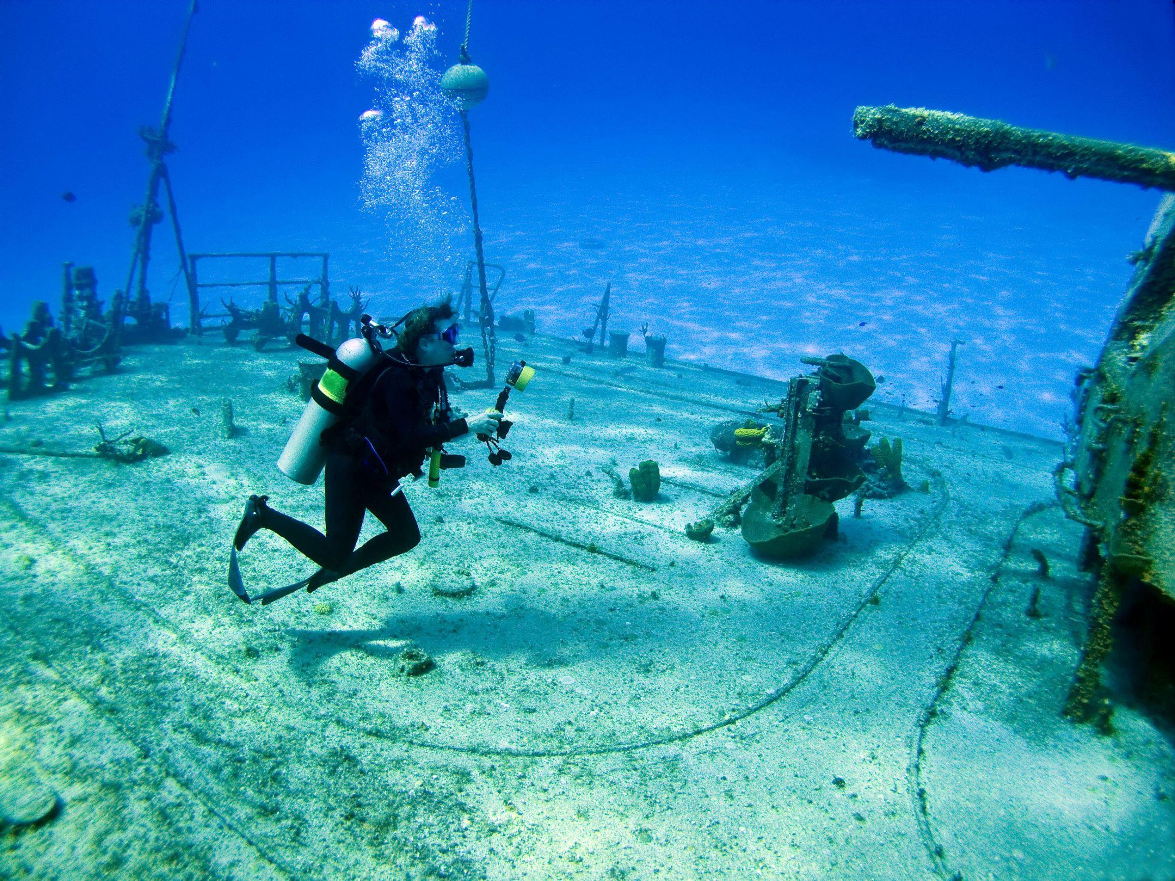 Diving, Cayman Islands