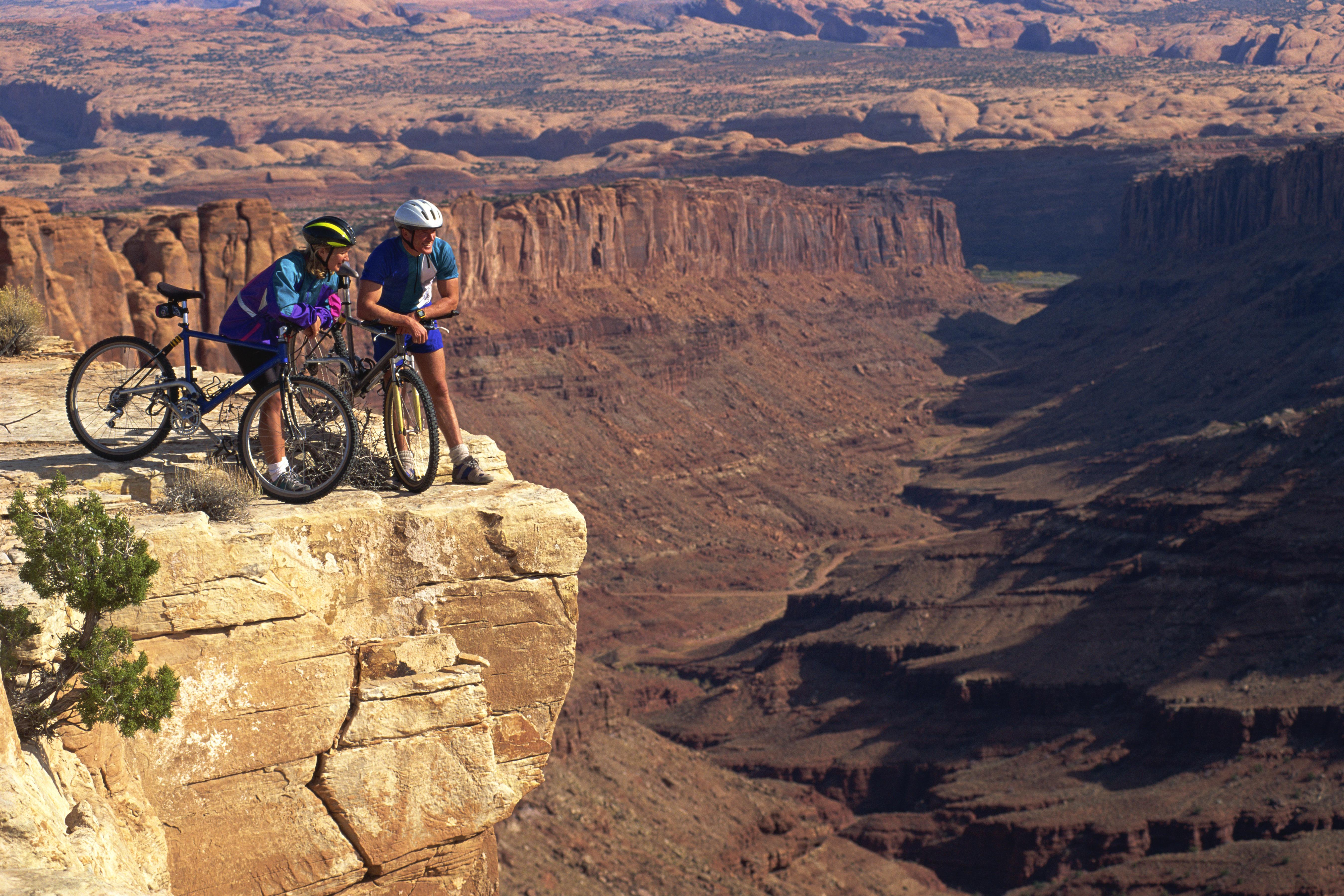 Mountain bikers, Utah