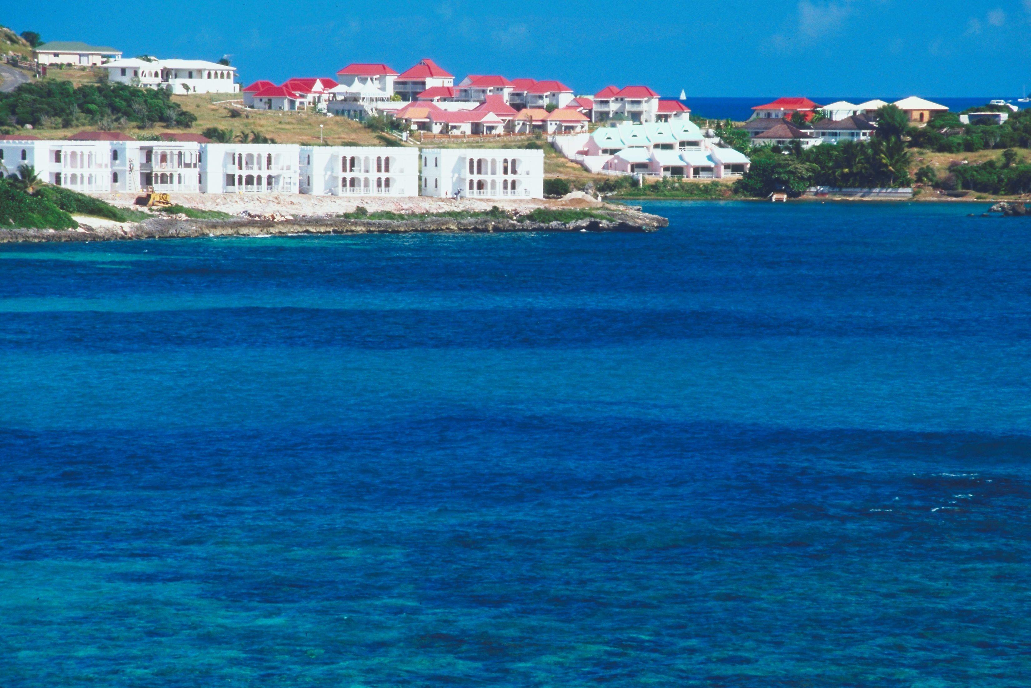 Hotels on the coast, St Maarten