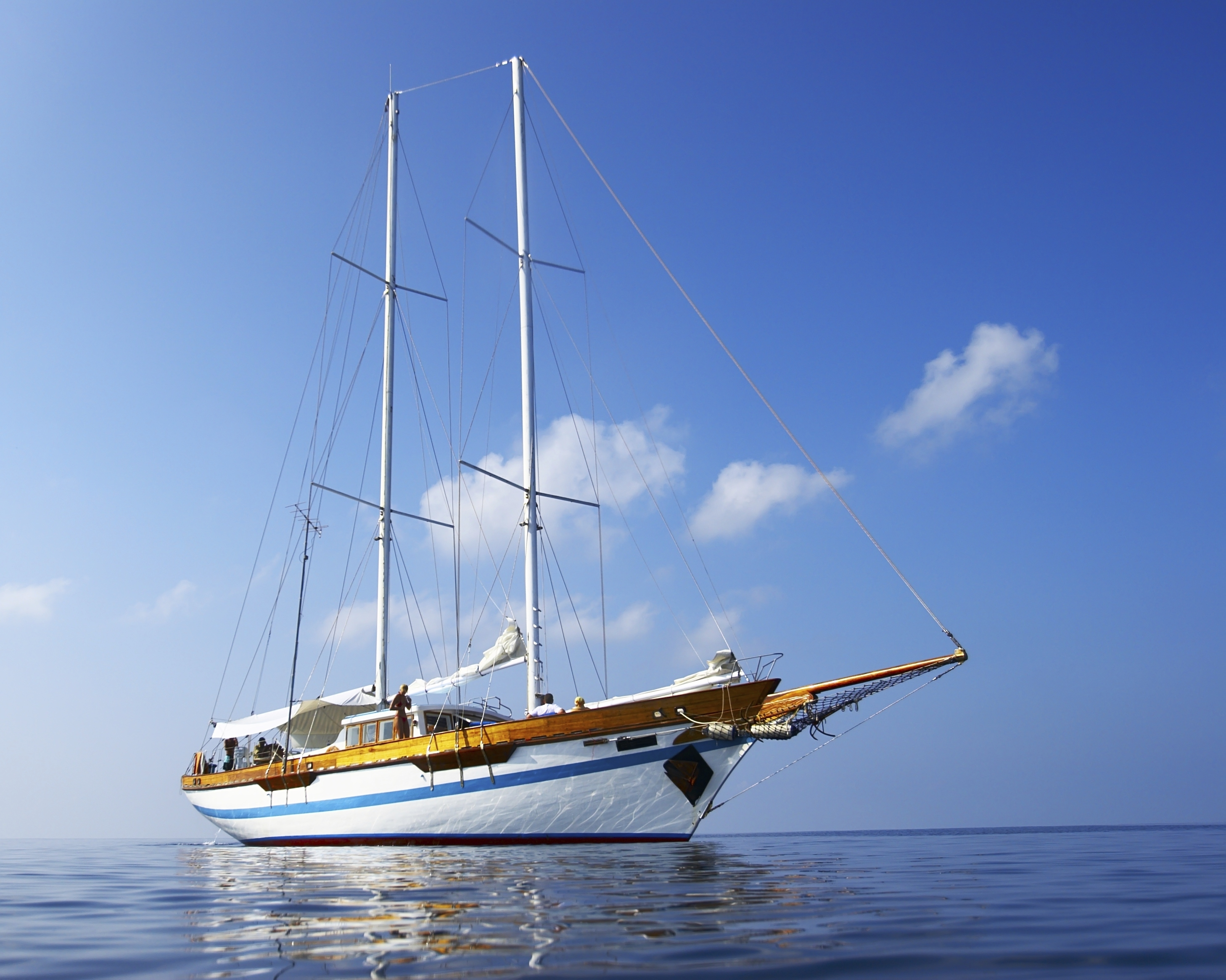 Go sailing in the Bahamas