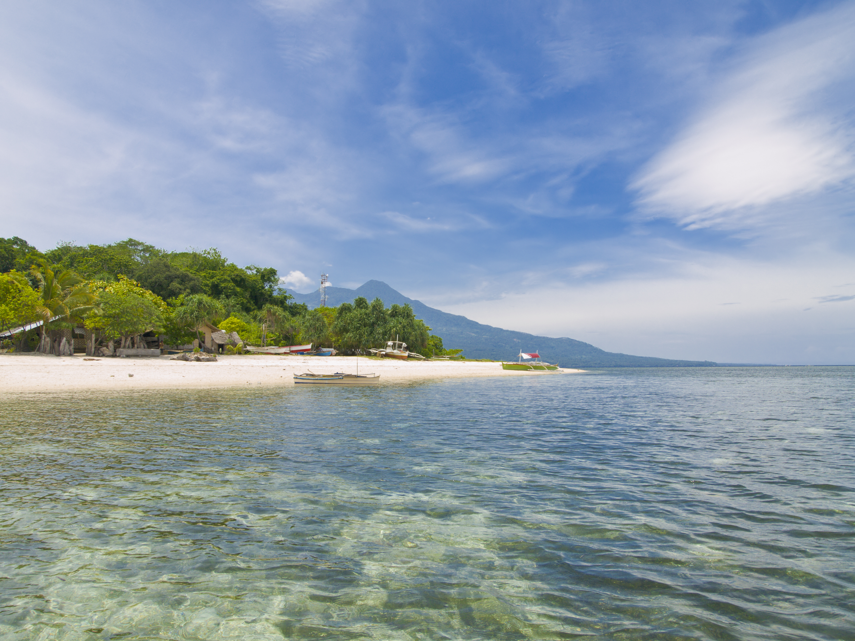 Mantigue Island is a paradise for divers in the Philippines