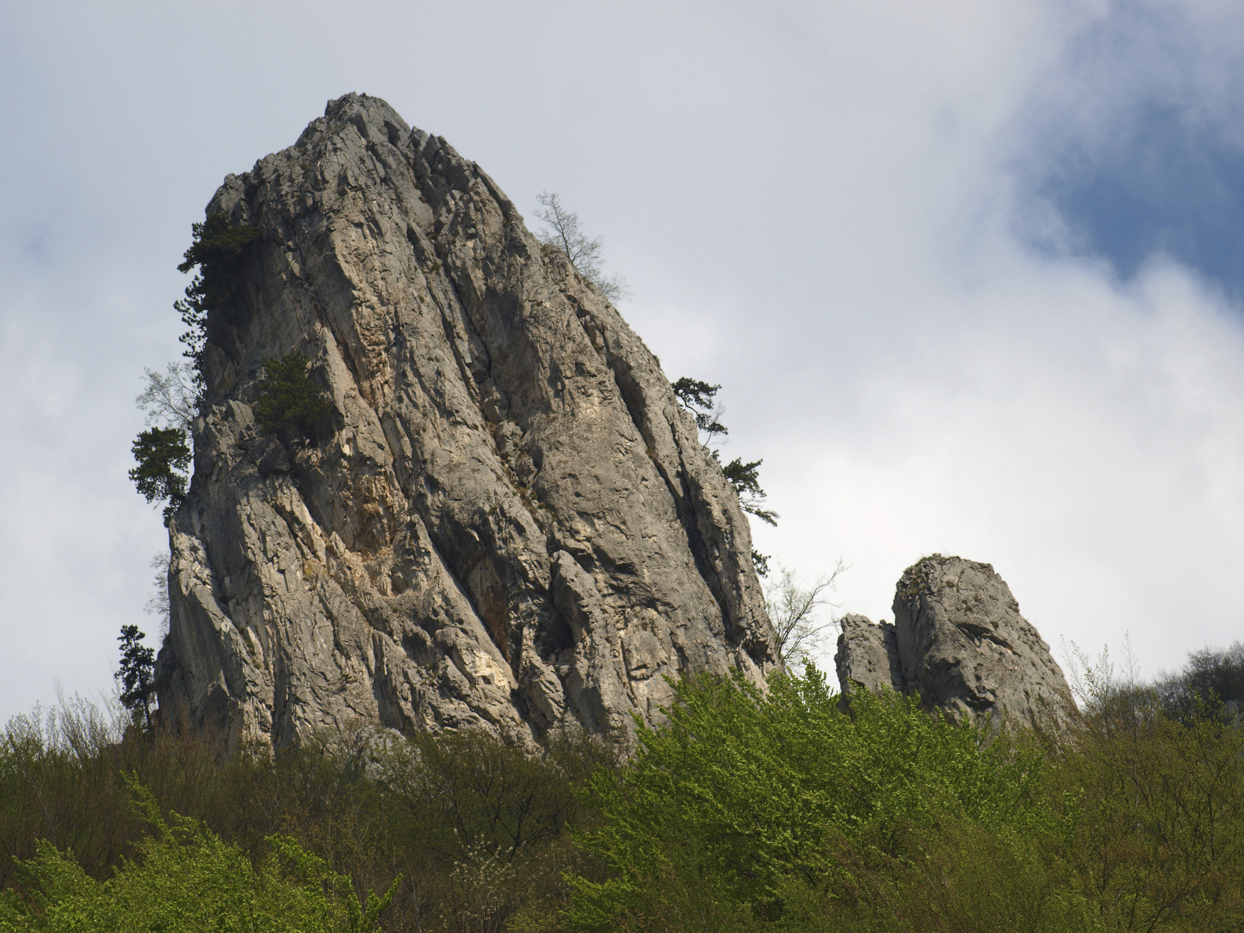 Teeth Rock, Kosovo